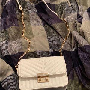 A white bag